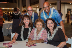 AIW_3544---Sherry-Leis-Stephen-Leis-Betty-Leis-Ralph-Overton-Nancy-Leis-Overton.jpg